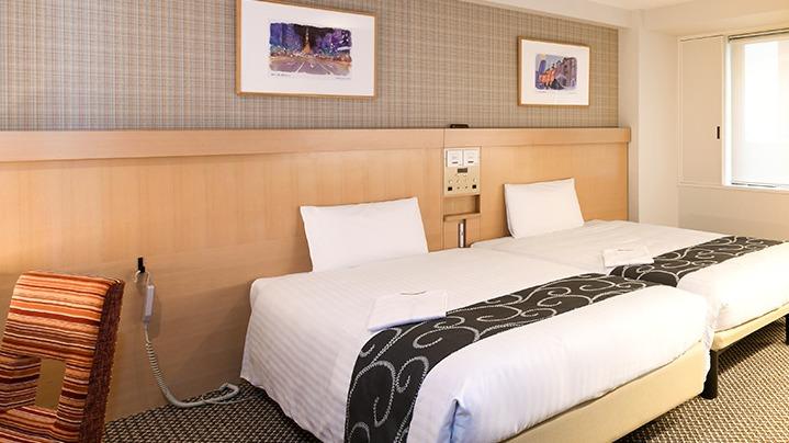 ホテル 鈴木 杏樹